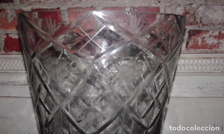 Antigüedades: Jarrón cristal tallado - Foto 3 - 30157859