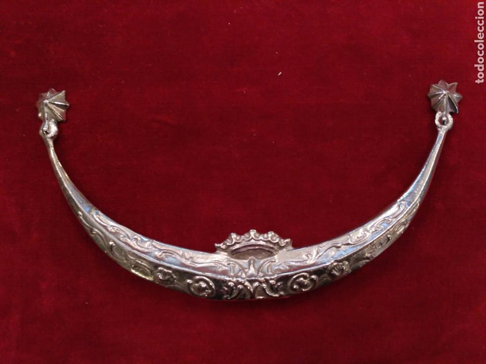 MEDIA LUNA CON BAÑO DE PLATA (NUEVO) 15 CM (Antigüedades - Platería - Bañado en Plata Antiguo)