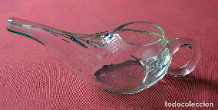 RECIPIENTE DE CRISTAL TIPO LAMPARILLA - 17 X 6 CM APROX (Antigüedades - Cristal y Vidrio - Farmacia )