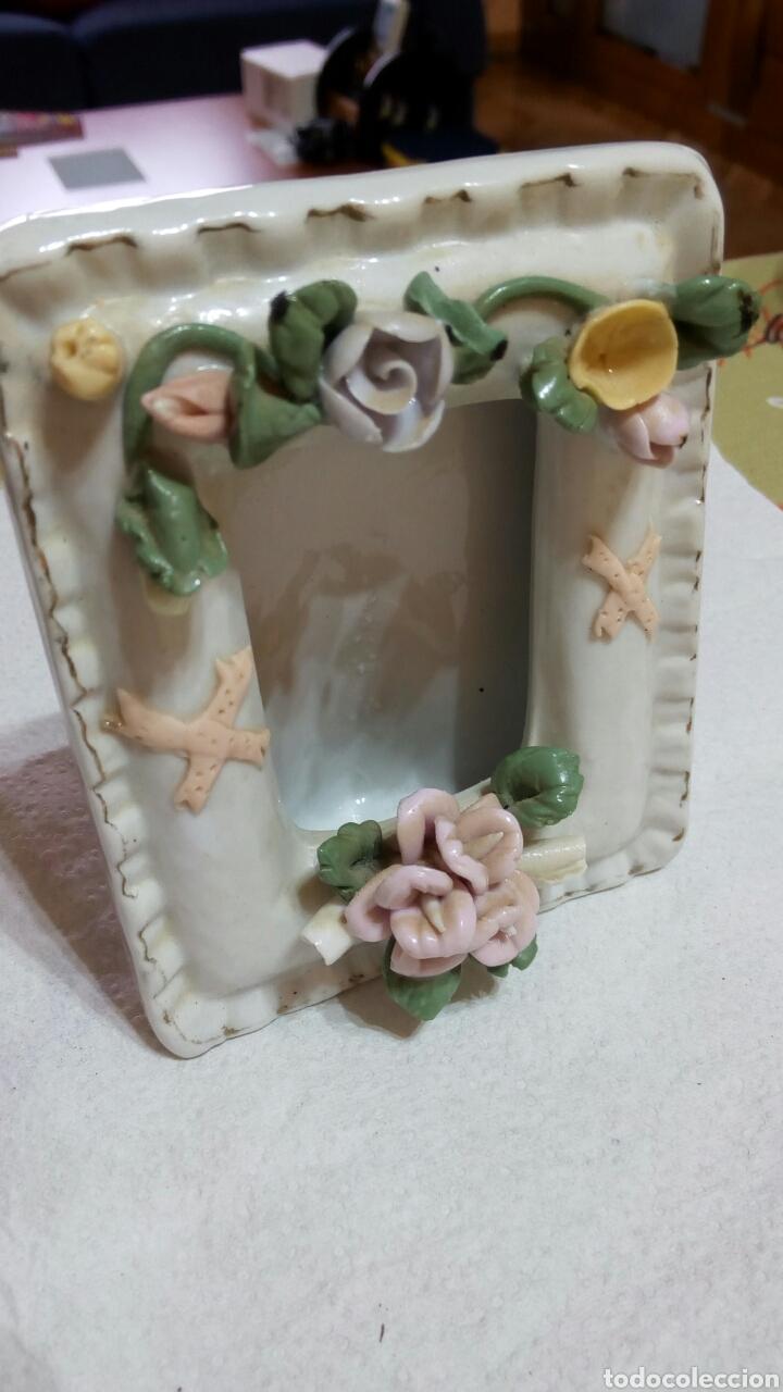 antiguo marco portafotos de fotos de porcelana - Comprar Portafotos ...
