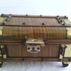 Antigüedades: ANTIGUO BAUL JOYERO CAJA DE MUSICA. Lote 74345314