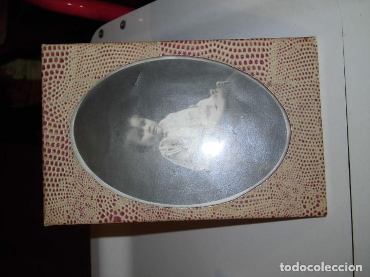 Antigüedades: ANTIGUO MARCO EN PIEL CON FOTO DE NIÑA - Foto 4 - 74352363