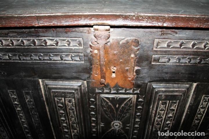 Antigüedades: GRAN ARCÓN. NORTE DE ESPAÑA. MADERA DE ROBLE. BARROCO. SIGLO XVII-XVIII. - Foto 10 - 74673931