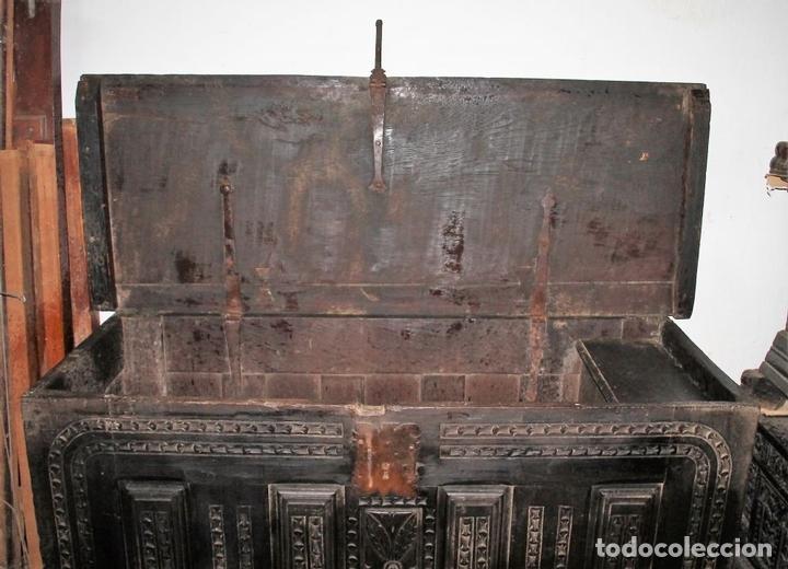 Antigüedades: GRAN ARCÓN. NORTE DE ESPAÑA. MADERA DE ROBLE. BARROCO. SIGLO XVII-XVIII. - Foto 11 - 74673931