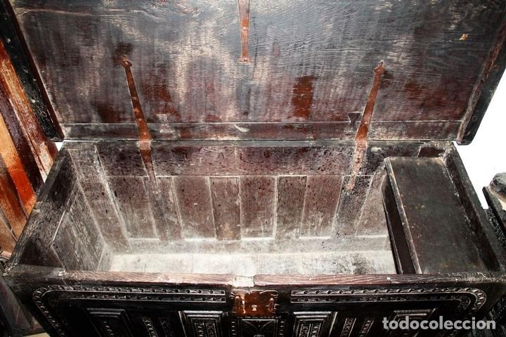 Antigüedades: GRAN ARCÓN. NORTE DE ESPAÑA. MADERA DE ROBLE. BARROCO. SIGLO XVII-XVIII. - Foto 14 - 74673931