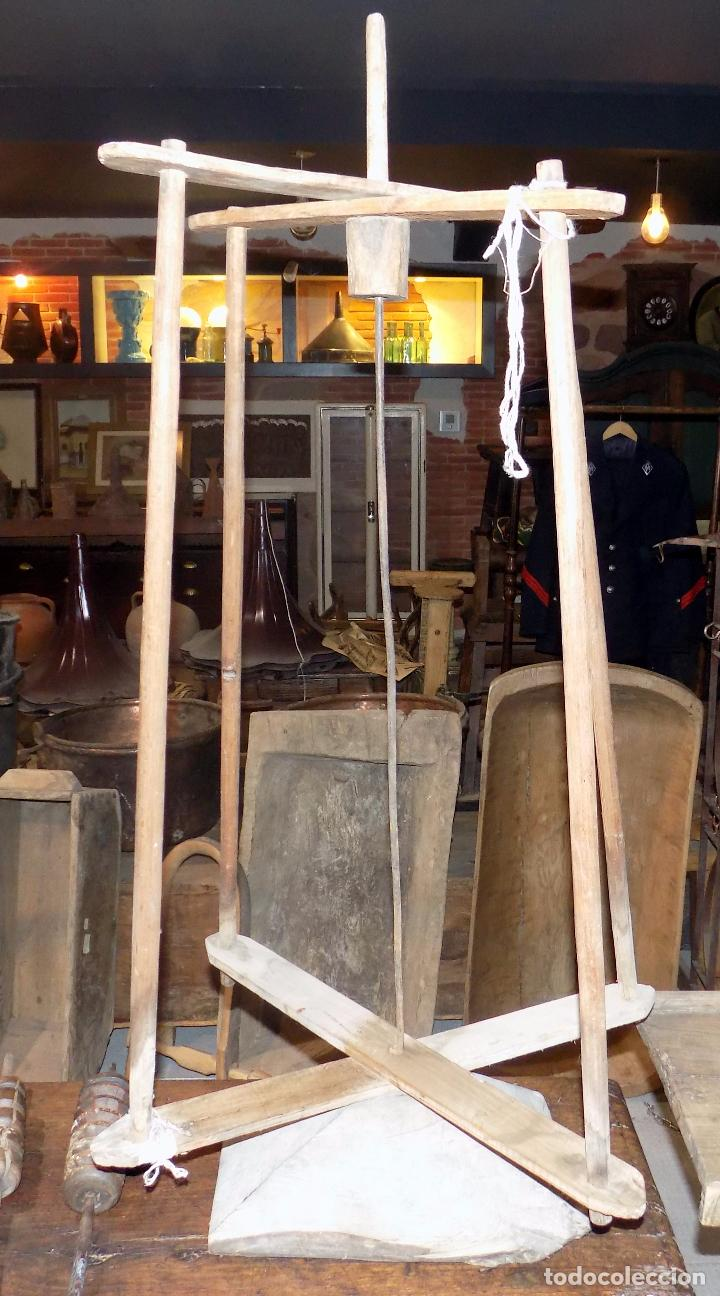 antigua rueca de hilar artesana madera funciona altura m buen estado
