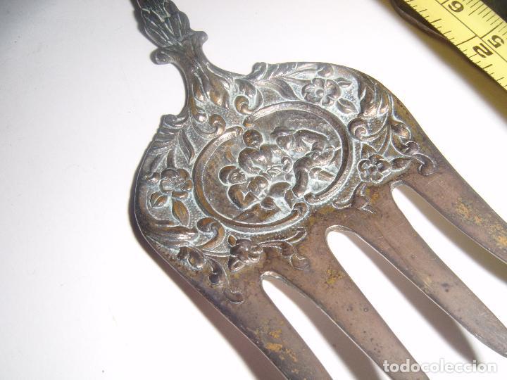 Antigüedades: CUBIERTOS DE SERVIR EN ALPACA CON FILIGRANA - Foto 4 - 74711107