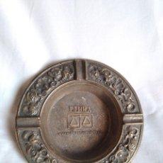 Antigüedades: CENICERO REDONDO DE BRONCE. Lote 74793651