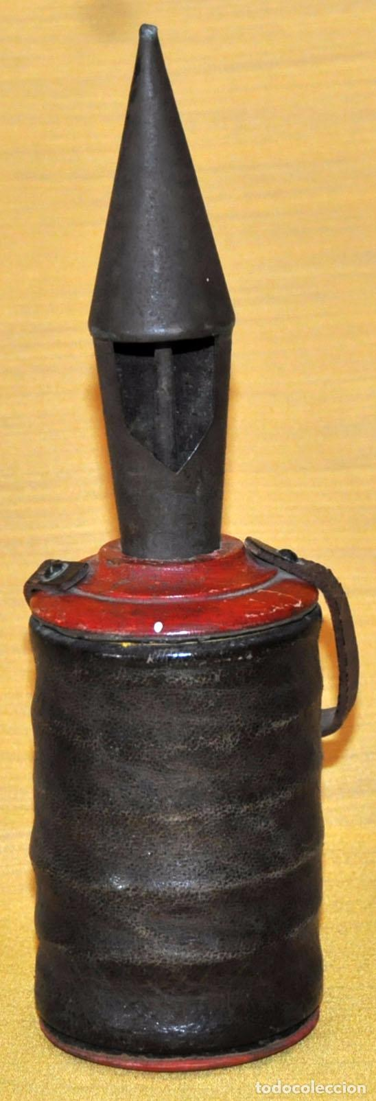 Antigüedades: ANTIGUO RECLAMA PERDICES EN HIERRO, MADERA Y FUELLE RECUBIERTO EN PIEL - Foto 2 - 74947731