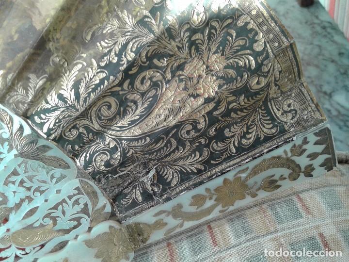 Antiguo abanico madreperla nacar tallado y dor comprar - Papel pintado antiguo ...