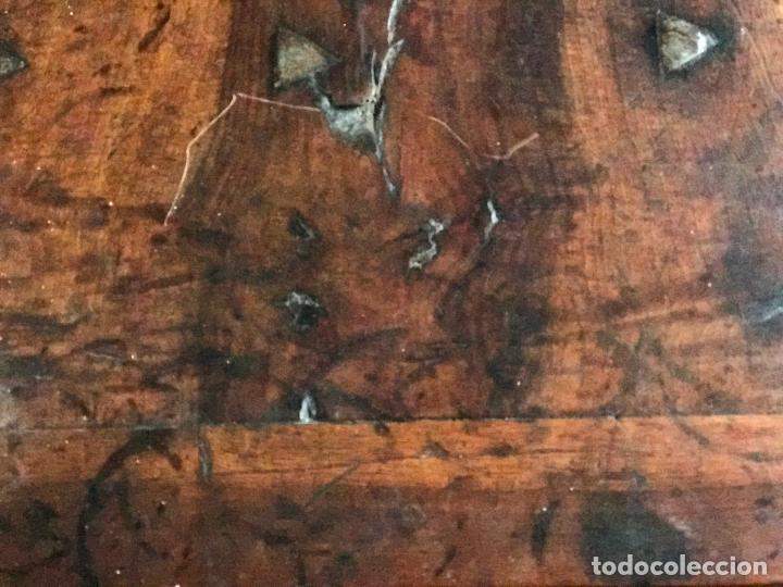Antigüedades: Arca de nogal del SXVII - Foto 8 - 75068883