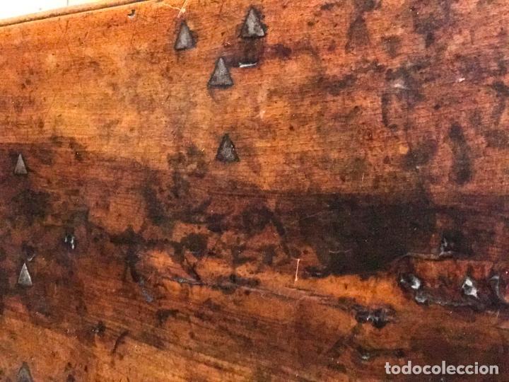 Antigüedades: Arca de nogal del SXVII - Foto 9 - 75068883
