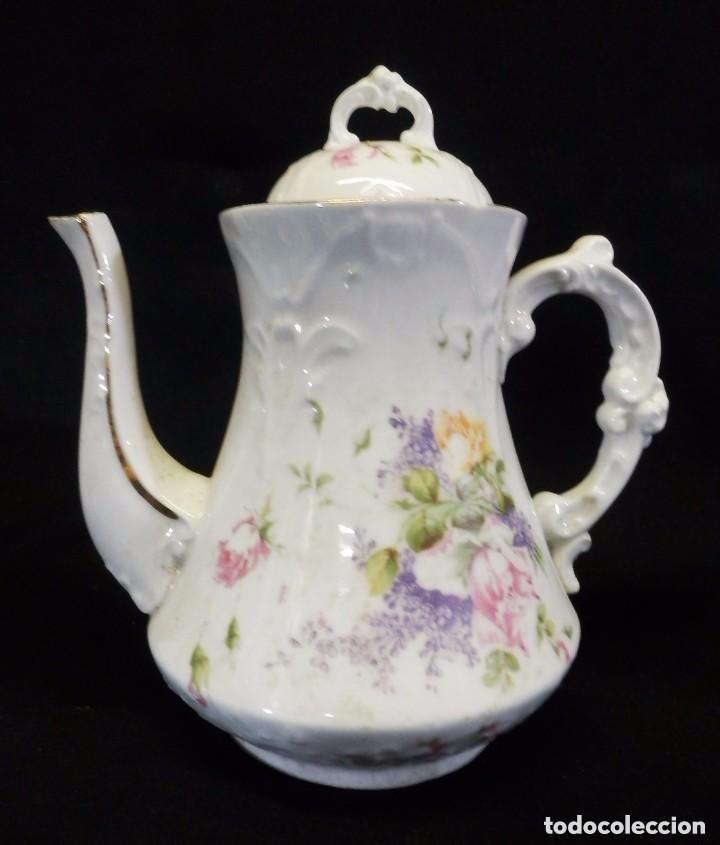 Antigüedades: Antiguo juego de café en porcelana de flores. Años 1920 - Foto 3 - 75188319