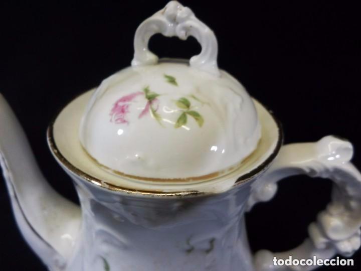 Antigüedades: Antiguo juego de café en porcelana de flores. Años 1920 - Foto 5 - 75188319