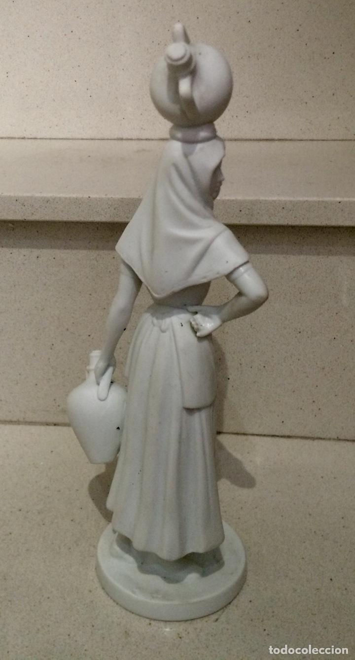 Antigüedades: Figura en biscuit de mujer con cántaros, porcelana BIDASOA - Foto 2 - 75211803