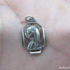 Antigüedades: VIRGEN ANTIGUA EN PLATA DE LEY 925 CONTRASTADA .. Lote 75270779