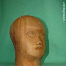 Antigüedades: PRECIOSA CABEZA MADERA ORIGINAL MANIQUI AÑOS 40 EXPOSITOR PELUCA SOMBRERERO BAUHAUS. Lote 75308243