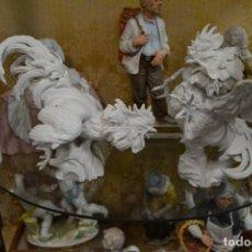 Antigüedades: GALLOS EN BISCUIT DE PORCELANA ALGORA. Lote 75540715