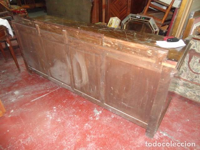 Antigüedades: Aparador grande roble o castaño 6 cajones y dos puertas con baldas medida 196 X 55 - alt. 75 cm. - Foto 2 - 75619947
