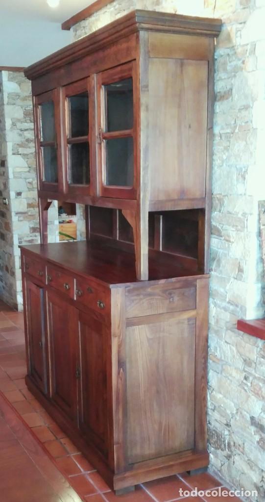 Antiguo chinero aparador en madera de casta o comprar - Madera de castano ...
