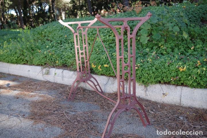 Antigüedades: Base de mesa de hierro forjado - Foto 2 - 75680539