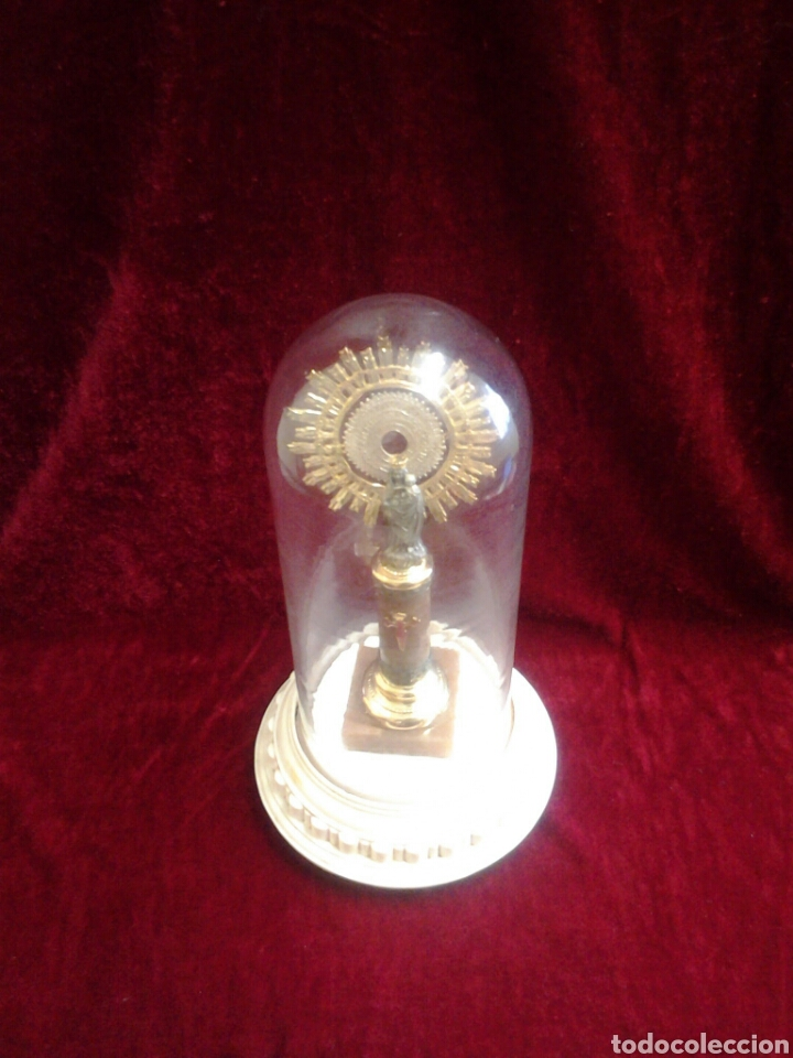 Antigüedades: Virgen del pilar con fanal de cristal - Foto 3 - 75698245