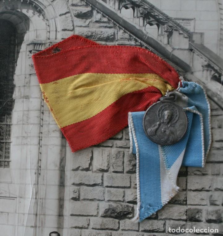 Antigüedades: FOTOGRAFIA NUMERADA CON MEDALLA: PEREGRINACIÓN DIOCESANA MALAGA LOURDES 1958 VER FOTOGRAFIAS - VIRON - Foto 3 - 75705115