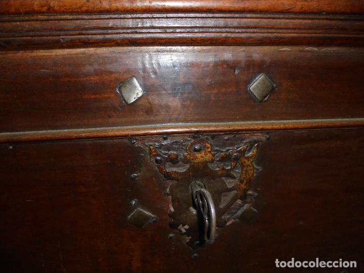 Antigüedades: Arca de nogal del SXVII - Foto 37 - 75068883