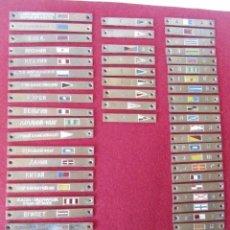 Antigüedades: LOTE DE 52 PLACAS MUEBLE DE BANDERAS Y SEÑALES NAVIO RUSO EN METAL. Lote 75780315