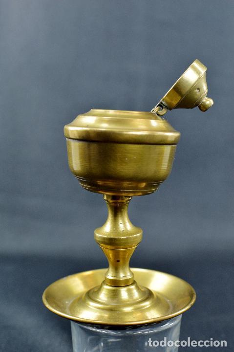 Antigüedades: QUINQUÉ DE METAL (sin mecha) de 10 CM DE ALTO POR 6,5 DE BASE - Foto 3 - 75923547