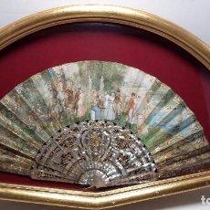 Antigüedades: EXPECTACULAR Y ANTIGUO ABANICO EN MADRE PERLA TALLADA NACAR, PAPEL PINTADO FIRMADO. Lote 75938787