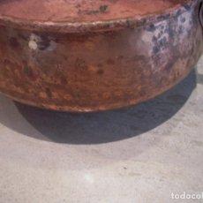 Antigüedades: OLLA O CAZUELA DE COBRE, MUY ANTIGUA. Lote 75941991
