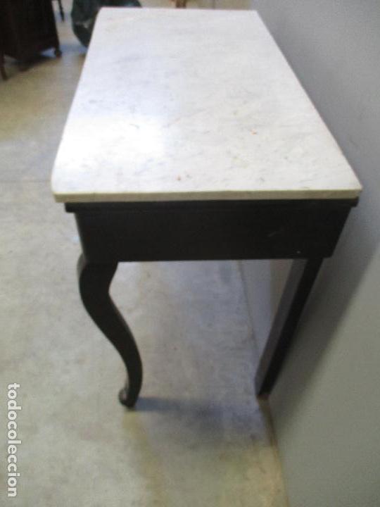 Antigüedades: Antigua Consola - Mesa - Tocador - Isabelina (Ditada) - Madera, Laca negra y Mármol - S. XIX - Foto 16 - 75951287