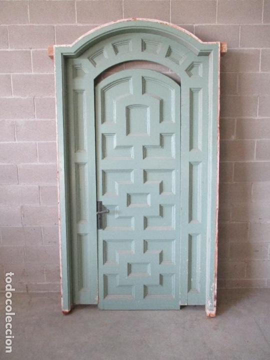 Antigua Puerta Con Marco Con Punto Cerrad Sold Through