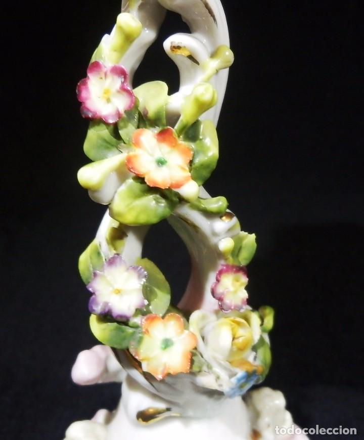 Antigüedades: Palmatoria francesa en porcelana vitrifica. Motivos ángeles cherubs y flores - SXIX - Foto 5 - 75969595