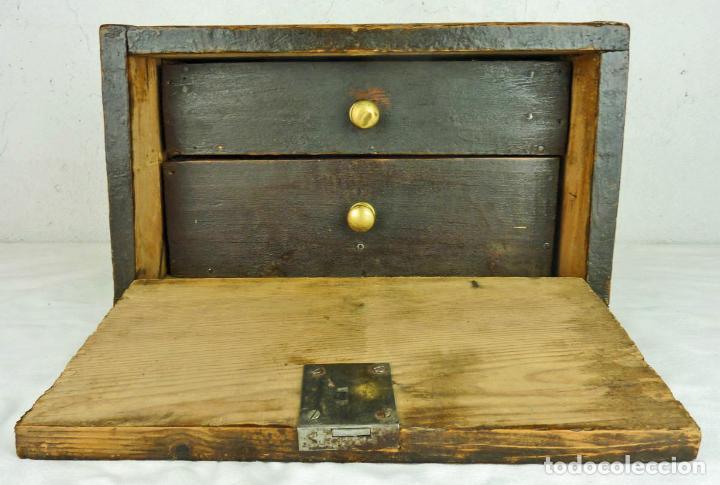 Antigüedades: Pequeño escritorio o secreter de sobremesa de finales del siglo XIX o principios del XX - Foto 3 - 75973671