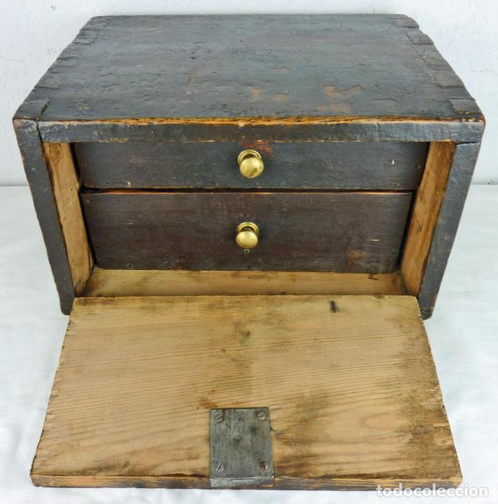 Antigüedades: Pequeño escritorio o secreter de sobremesa de finales del siglo XIX o principios del XX - Foto 4 - 75973671