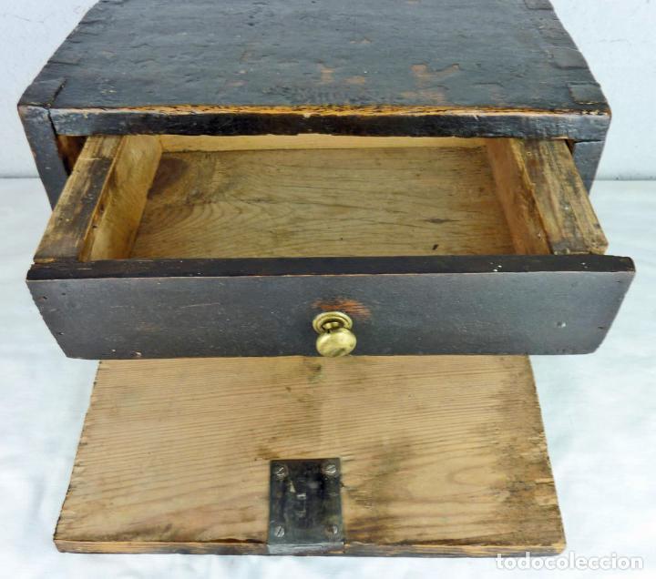 Antigüedades: Pequeño escritorio o secreter de sobremesa de finales del siglo XIX o principios del XX - Foto 7 - 75973671
