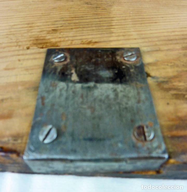 Antigüedades: Pequeño escritorio o secreter de sobremesa de finales del siglo XIX o principios del XX - Foto 12 - 75973671