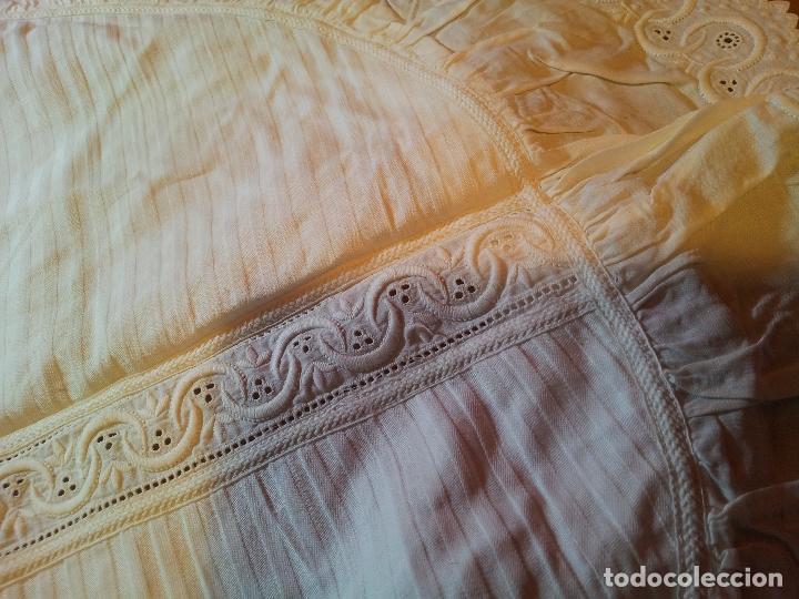 Antigüedades: ANTIGUO TAPETE MANTEL REPISA MENSULA PEANA- bordado ANTIGUO TAPETE - - Foto 13 - 75980407