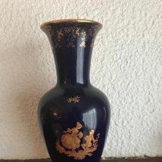 Antigüedades: JARRÓN DE PORCELANA AZUL COBALTO, LIMOGES. . Lote 75998023