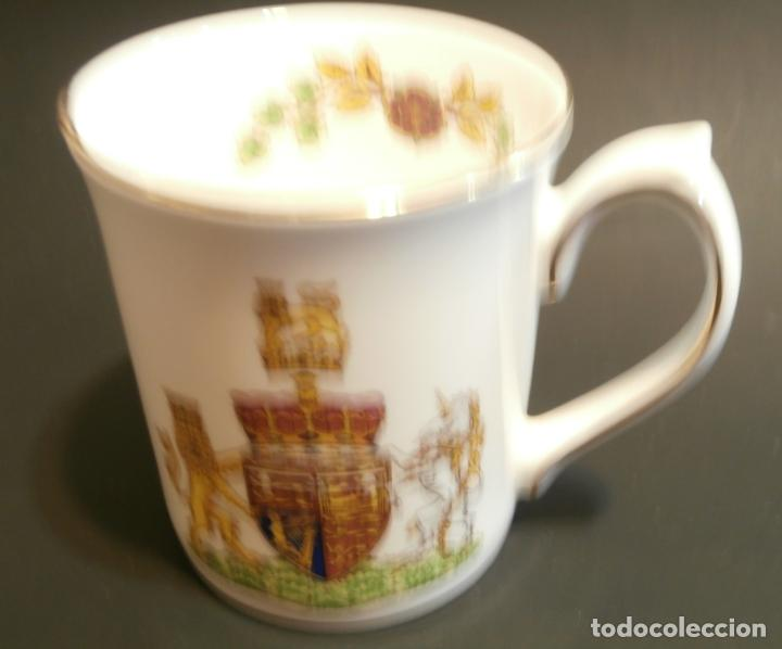 Antigüedades: Taza conmemorativa Marriage Principe Adrew and Miss Sarah Ferguson 1986 - Foto 1 - 76053011