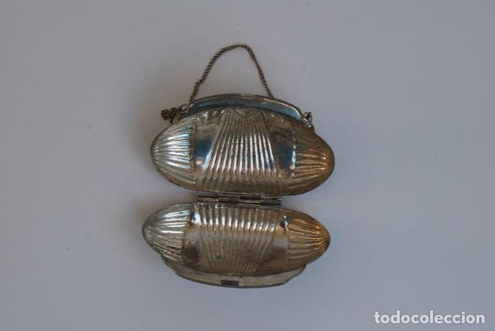 Antigüedades: PEQUEÑO BOLSO DE METAL - MONEDERO - AÑOS 30 - ART DÉCO - Foto 4 - 76075243