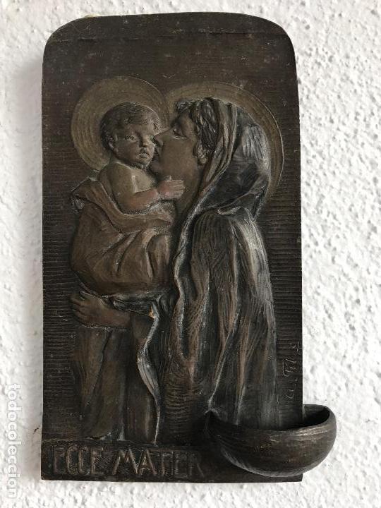 ESPECTACULAR BENDITERA DE BRONCE FIRMADA 1900,S (Antigüedades - Religiosas - Benditeras)