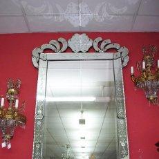 Antigüedades: ESPECTACULAR ESPEJO ANTIGUO VENECIANO. Lote 76512075