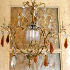 Antigüedades: PRECIOSA LAMPARA DE TECHO, DE CRISTALES ,EN 2 COLORES. 50 X50 CM.. Lote 76551851