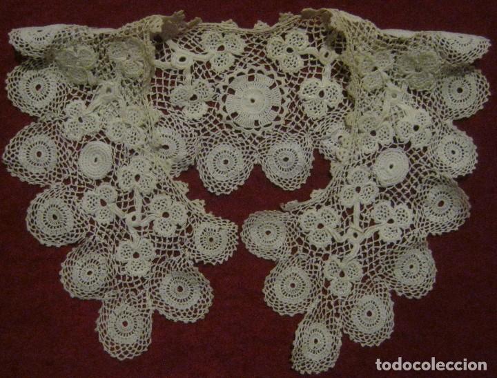 ANTIGUA CAPELINA DE ENCAJE DE IRLANDA S. XIX (Antigüedades - Moda - Encajes)