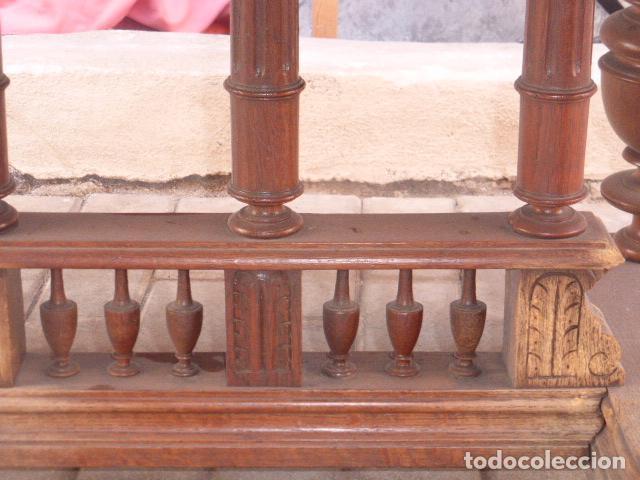 Antigüedades: ANTIGUA MESA DE CENTRO DE MADERA DE ROBLE. LIQUIDACION POR CIERRE. - Foto 5 - 76582071