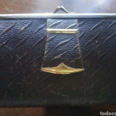 Antigüedades: ANTIGUO MONEDERO DE PIEL. Lote 76663509