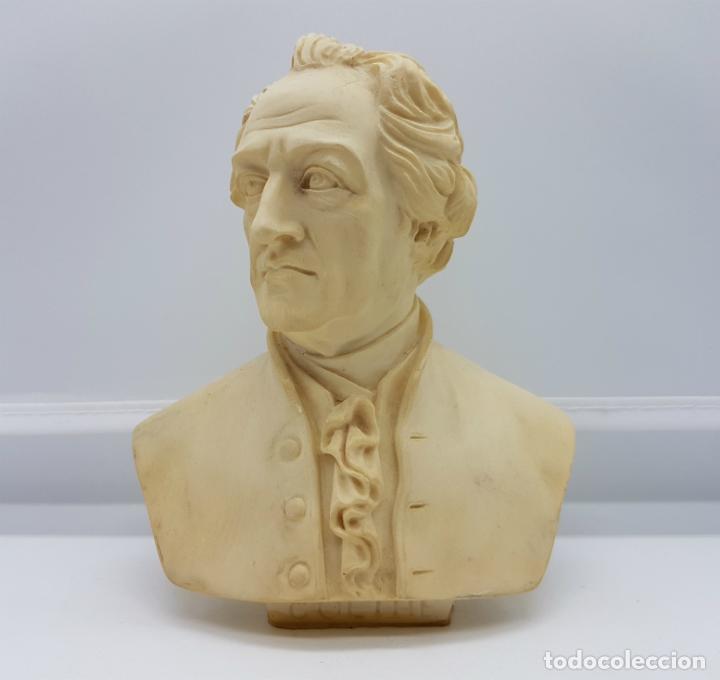 BUSTO ANTIGUO DEL FAMOSO POETA JOHANN WOLFGANG VON GOETHE,TALLADO Y FIRMADO POR A. GIANNELLI . (Antigüedades - Hogar y Decoración - Figuras Antiguas)